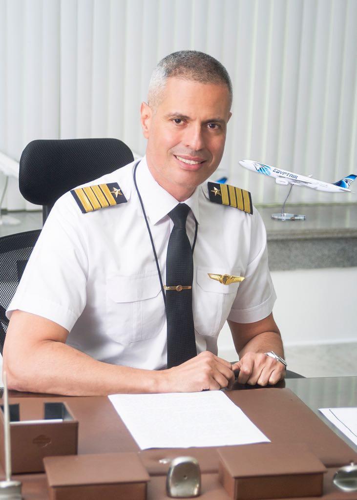 """وفد مصر للطيران يتجه إلى سياتل الأمريكية لاستلام ثانى طائرة """"الدريملاينر"""""""