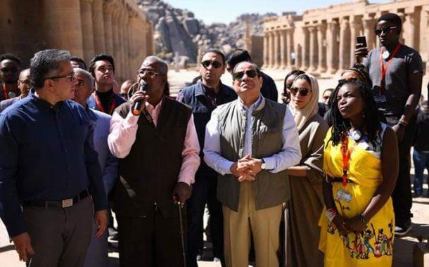 السيسي يجرى حواراً تفاعلياً مع الشباب العربي والأفريقي من معبد فيله بأسوان