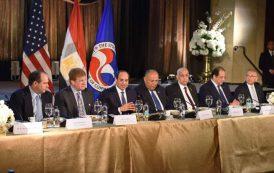 السيسى: مصر زاخرة بالفرص الواعدة للاستثمار وبوابة العبور  إلى أفريقيا