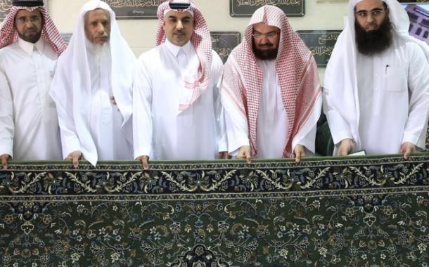 سجاد الحرم النبوي الجديد مزوّد بشرائح إلكترونية وأول دفعة في رمضان